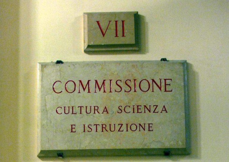 Camera dei deputati vii commissione cultura scienza e for Tv camera deputati